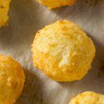 Como fazer pão de queijo saudável